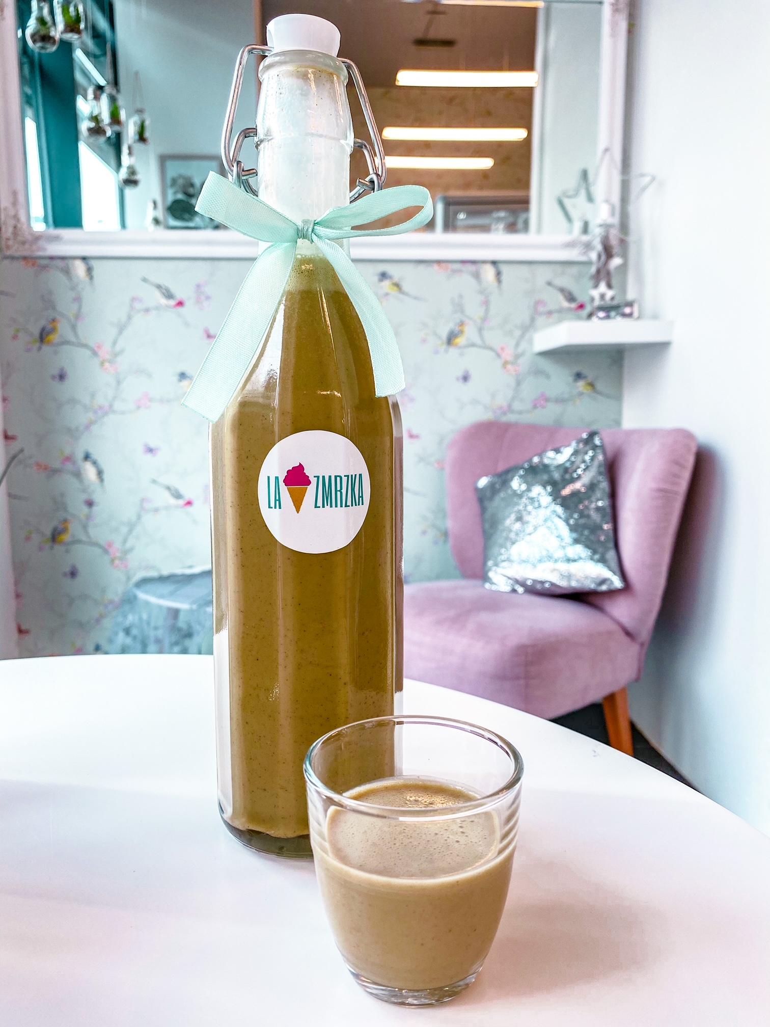 Pistáciový vaječný likér